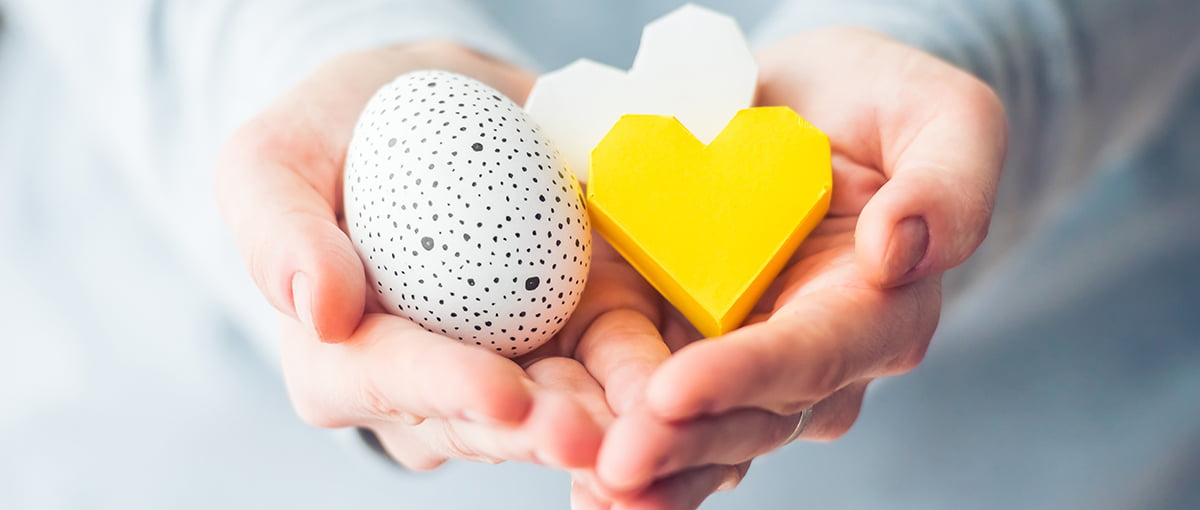 What are the advantages of using donor eggs?