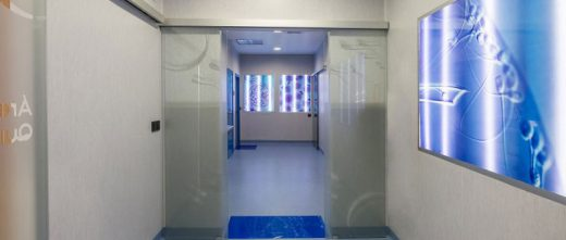 FIV Marbella access to the lab and surgery room