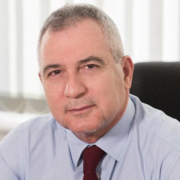 Dr. John Giakoumakis