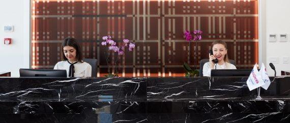 Dunya IVF reception desk