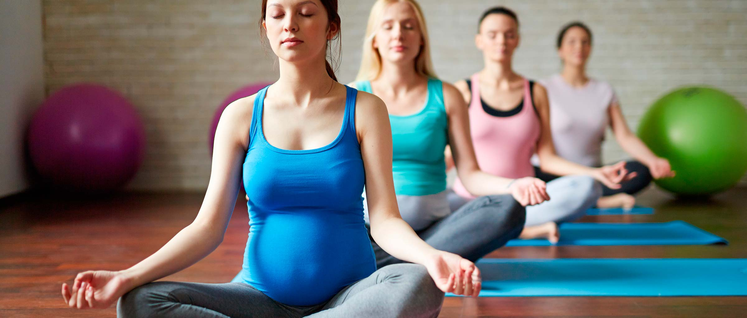 Imagen: Yoga sessions for pregnant women